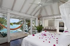 Most romantic of Antigua hotels and resorts-relaxing antigua vacations at Cocobay