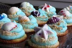 I'd make seashell cupcakes ; Seashell Cupcakes, Beach Cupcakes, Yummy Cupcakes, Cupcake Cookies, I Want Food, Cake Icing, Food Hacks, Food Tips, Food Crafts