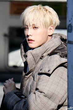 Btob Lee Minhyuk, Sungjae Btob, Im Hyunsik, Lee Changsub, Rapper, Perfect Abs, Asian Celebrities, Boys Like, Fiction