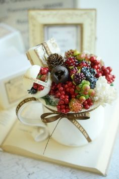 f:id:nora0924:20180903144307j:image Artificial Flower Arrangements, Artificial Flowers, Floral Arrangements, Christmas Flower Decorations, Floral Decorations, Cottage Art, Flower Art, Art Flowers, How To Preserve Flowers
