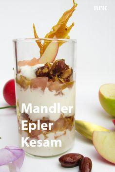 Vaniljekesam med epler og sprø mandelkrokan. Oppskrift fra Marit Hegle. Recipe Boards, Sweet Treats, Snacks, Healthy, Recipes, Food, Appetizers, Sweets, Eten