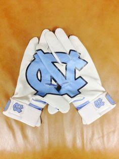 2014 UNC Baseball Batting Gloves