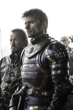 """Jaime Lannister and Ser Bronn of the Blackwater. Together they laid siege against Brynden """"The Blackfish"""" Tully, Game of Thrones season 6 episode Game Of Thrones Outfits, Game Of Thrones Facts, Game Of Thrones Costumes, Got Game Of Thrones, Game Of Thrones Quotes, Game Of Thrones Funny, Game Of Thrones Clothing, Bronn Game Of Thrones, Winter Is Here"""