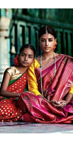 Indian ethnic Fashion I Sari, Ethnic Fashion, Indian Fashion, Bollywood, Indian Ethnic, Indian Girls, Indian Sarees, Belle Photo, Indian Wear