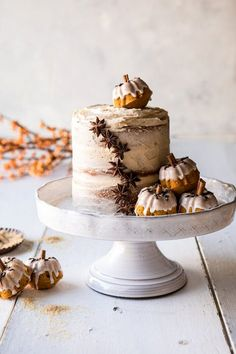 Chai Pumpkin Cake with Maple Browned Butter Frosting | halfbakedharvest.com #pumpkin #chai #fall #autumn #thanksgiving Nake Cake, Brown Butter Frosting, Thanksgiving Cakes, Thanksgiving Celebration, Thanksgiving 2020, Bowl Cake, Fall Cakes, Half Baked Harvest, Round Cake Pans