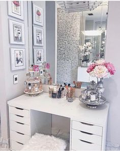 30 Beautiful Glam Room Ideas - The Wonder Cottage - Stephanie Kimberly - 30 Beautiful Glam Room Ideas - The Wonder Cottage 30 Beautiful Glam Room Ideas - Cute Room Decor, Teen Room Decor, Room Decor Bedroom, Bedroom Interiors, Bedroom Ideas, Diy Bedroom, Vanity Room, Vanity Decor, Vanity Ideas