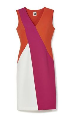 A chic and cheerful look with a diagonal colorblocked dress.