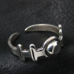 Silver Roman ring from The Sunken City by DaWanda.com