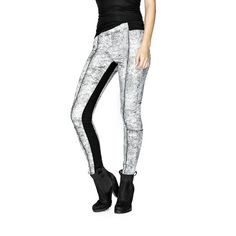 GUESS Yoga Denim Leggings in Crackled Wash ($59) ❤ liked on Polyvore featuring pants, leggings and silicone rinse
