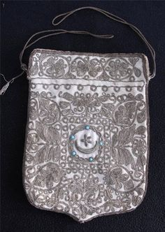 Late-Ottoman 'kese' (purse).  For men's tobacco, or for a small Kuran. Circa 1880.   Adorned with 'goldwork' embroidery (with silvery threads; technique: 'sarma' / 'Maraş işi').