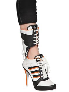 harley quinn, suicide squad, margot robbie, adidas, shoes, high heels, schuhe, heels, high heels,