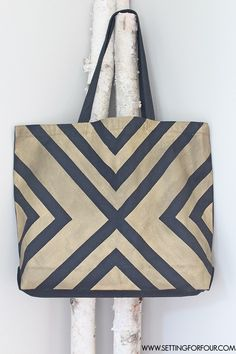 Easy DIY Black and Metallic Gold Tote Bag with a Stylish Graphic Pattern! Great gift idea! | www.settingforfour.com