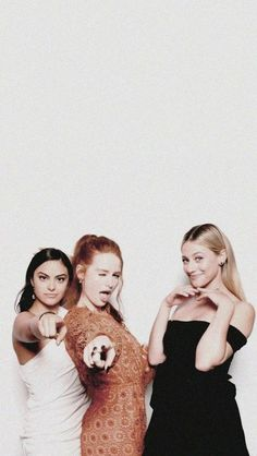 Read Riverdale from the story Fotos Para Tela Do Seu Celular/ABERTO by Sexytaekookv (𝙶𝙰𝚃𝙸𝙽𝙷𝙰) with reads. riverdale Fotos Para Tela Do Seu Celular/ABERTO - Riverdale Riverdale Funny, Riverdale Cw, Riverdale Memes, Riverdale Poster, Riverdale Netflix, Riverdale Cheryl, Camila Mendes Riverdale, Riverdale Wallpaper Iphone, Stranger Things