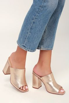 We are loving the Lulus Raelynn Champagne Peep-Toe Mules styled with so many different looks! Peep-toe mules shaped from shiny champagne fabric. Peep Toe Mules, Heeled Mules, Cute Heels, Shoes Heels, Shoes Sneakers, Discount Womens Clothing, White High Heels, Dressy Outfits, Clothes For Sale