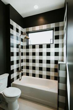 Stunning black & white plaid tiled bathroom Regram via bathroom bathroomdesign bathroomdecor bathroomidea… 183240278574877452 Bathroom Tile Designs, Bathroom Floor Tiles, Bathroom Layout, Bathroom Interior Design, Bathroom Ideas, Bathroom Organization, Tile Layout, Bathroom Wallpaper, Bathroom Carpet