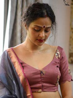Beauty Full Girl, Beauty Women, Indian Photoshoot, Beautiful Girl Indian, Beautiful Women, Indian Beauty Saree, India Beauty, Indian Girls, Bellisima