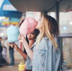 12 Ridiculously Cute Photos to Take With Your Best Friend This Summer - Project Inspired Artsy Photos, Cute Photos, Good Photos, Shooting Photo Amis, Best Friend Fotos, Bff Pictures, Good Instagram Pictures, Best Friend Pictures Tumblr, Tumblr Summer Pictures