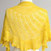 Ravelry: Shattered Sun Shawl pattern by Felicia Lo (Lace weight)