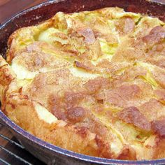 Panakuchen ~ German Apple Pancakes