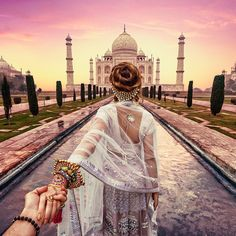 Photographer Follows Girlfriend Goes To Beautiful Indian Landmarks