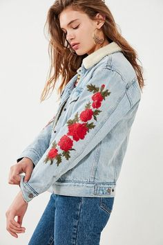 Women, Teen Urban Outfitters Levi's Levi's Embroidered Rose Sherpa Ex-Boyfriend Denim Jacket. #oybpinners #ad