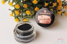 Essence || The Cushion Eyeliner