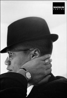 Malcolm X the Cool : Photo © Eve Arnold/Magnum Photos USA. Malcolm X. Malcolm X, Henri Cartier Bresson, Magnum Photos, Fotojournalismus, Foto Poster, Most Stylish Men, Classic Portraits, By Any Means Necessary, Photographer Portfolio