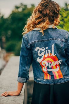vintage girl PRE MADE hand-painted denim jacket - Girl Power Girls Denim Jacket, Jean Jacket Outfits, Painted Denim Jacket, Painted Jeans, Painted Clothes, Hand Painted, Denim Art, Men's Denim, Diy Vetement