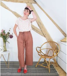 Couture Sewing, Pants Pattern, Striped Pants, Capri Pants, Shorts, Black, Marie Claire, Sewing Ideas, Inspired