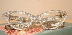 DIY Glitter Glasses for the bookworm mom :)
