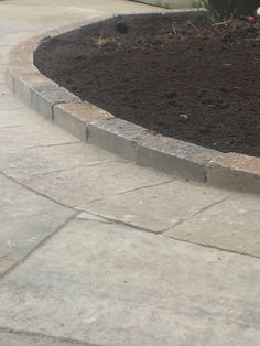 Permacon's Celtik Curb adds a nice finishing touch to this backyard getaway. Prestige Landscaping