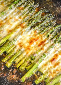 This Garlic Roasted Cheesy Sheet Pan Asparagus is made on a single pan, within 20 minutes, and comes out perfect every single time. It's a sure side dish to turn just about any meaty meal into a hearty dinner. Pan Asparagus, Asparagus Recipes Oven, Roasted Garlic Asparagus, Fresh Asparagus, Asparagus With Cheese, Asparagus Fries, Side Dishes Easy, Vegetable Side Dishes, Side Dish Recipes