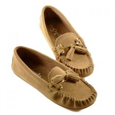 Stylish Women's Flat Shoes With Genuine Leather and Tassels Design