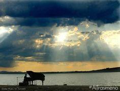 Vivi con noi la magia dell'Umbria. Scopri il programma del social media tour #AlTrasimeno: http://bit.ly/ProgrammaAlTrasimeno
