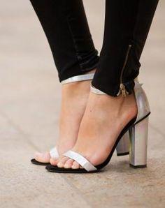 Hologram heels