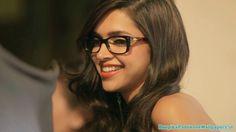Deepika Looking Sexy in Specs #DeepikaPadukone http://www.deepikapadukonewallpapers.in/