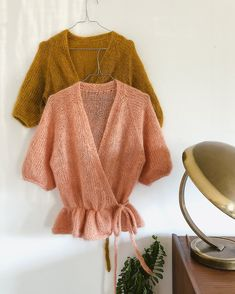 Knitting pattern for Wrap Me Up cardigan by Signe from PlumMum. A beautiful, chic, silk mohair, feminin wrapped cardigan. Hand Knitting, Knitting Patterns, Mohair Sweater, Wrap Cardigan, Mulberry Silk, Knit Fashion, Mode Inspiration, Pulls, Knitting Projects