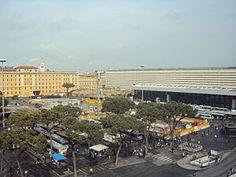 Plaza del Cinquecento de la Estación de Roma Termini.