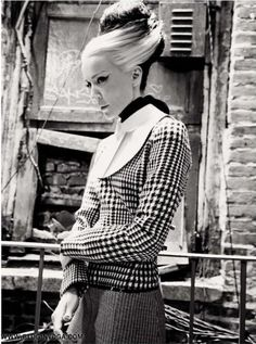 daphne guiness editorial | Daphne Guinness mostra o estilo sofisticado entre ruínas nas ...