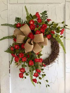 Front Door Wreaths - Spring Wreath - Summer Wreath - Red Petunia Wreath - wreath for Door - Spring Wreaths for Front Door Wreath Crafts, Diy Wreath, Grapevine Wreath, Wreath Ideas, Boxwood Wreath, Wreath Making, Spring Front Door Wreaths, Holiday Wreaths, Christmas Decorations