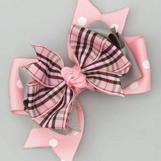 Pink & Gray Plaid Bow Clip by Bubbly Bows Making Hair Bows, Diy Hair Bows, Diy Bow, Ribbon Hair, Ribbon Bows, Ribbons, Grosgrain Ribbon, How To Make Hair, How To Make Bows