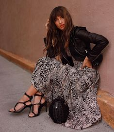 Rocky Barnes Plus Dresses, Casual Dresses, French Chic Fashion, Fall Outfits, Fashion Outfits, Leopard Dress, Summer Looks, Casual Chic, Fashion Looks