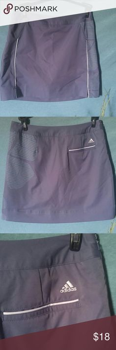 🌴SALE🌴PRICE DROP💯Adidas brand skort size 4 Adidas brand skort skirt size 4. Great condition ready to sell. Only worn a few times no low-ball offers accepted no trades Adidas Shorts Skorts