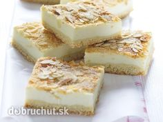 Tvarohový koláč na plech - Tip: Do tvarohu môžeme podľa chuti pridať aj 100 g hrozienok.