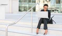 W ogłoszeniach o pracę pracodawcy zazwyczaj proszą o przesłanie dokumentów drogą…