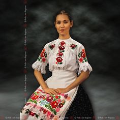 Heritage, privat collection, family Kraskova from Nitra Mode Traditional Fashion, Traditional Outfits, Folk Costume, Costumes, Folk Embroidery, Ethnic Dress, Beautiful Long Hair, Beautiful Blouses, Folklore