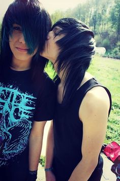 ☄ 🌈Cause boys like boys like girls do nothing new ☄🌈👨❤️💋👨👨❤️👨👬 Cute Emo Couples, Scene Couples, Cute Emo Boys, Emo Guys, Scene Boys, Emo Scene, Scene Hair, Emo People, Gothic People
