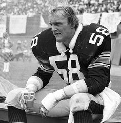 JACK LAMBERT of the Pittsburgh Steelers. The BEST Linebacker ever. No not LT.