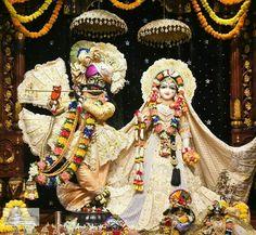 Radha Krishna Photo, Krishna Photos, Shree Krishna, Fair Grounds, Spirit, Painting, Art, Art Background, Painting Art