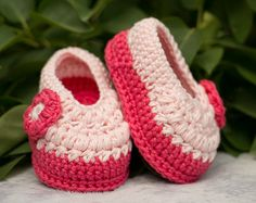 Baby Girl Converse Crochet Sneakers Baby Girl by DaisyNeedleWorks